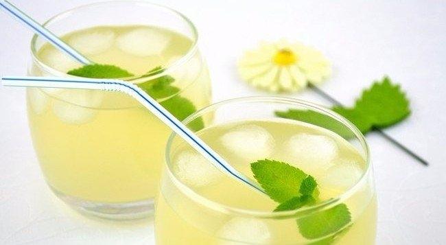 Мятный лимонад,способный умерить аппетит,пьем перед едой.