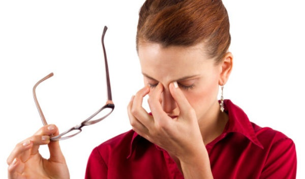 Никаких операций… Эти 2 продукта раз и навсегда избавят тебя от проблем со зрением