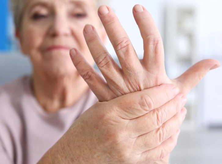 Самопощь при болях в суставах: уникальный метод, который реально помогает!