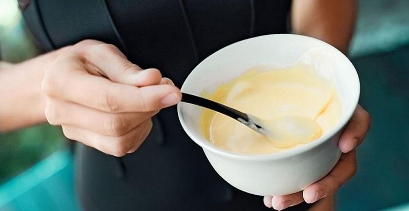 Как избавиться от морщин, темных кругов под глазами и сыпи. Этот на 100 % натуральный продукт может храниться в твоем холодильнике!