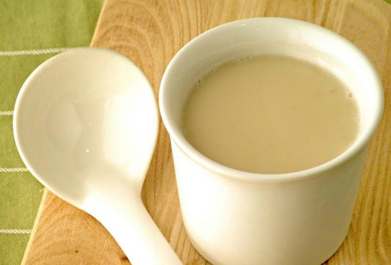 Прополисное молоко — суперцелебная настойка ото всех болезней. Уникальная и универсальная!