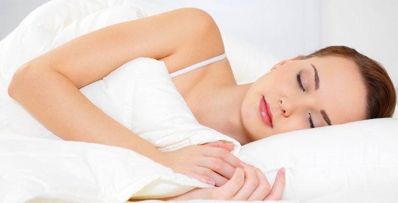 Сон на боку очистит мозг от токсинов
