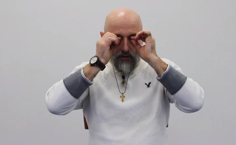 Гимнастика Дао-Инь: исправляет лёгкий астигматизм и возвращает 1,5 диоптрии