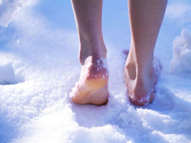 Закаливание организма: ходьба босиком