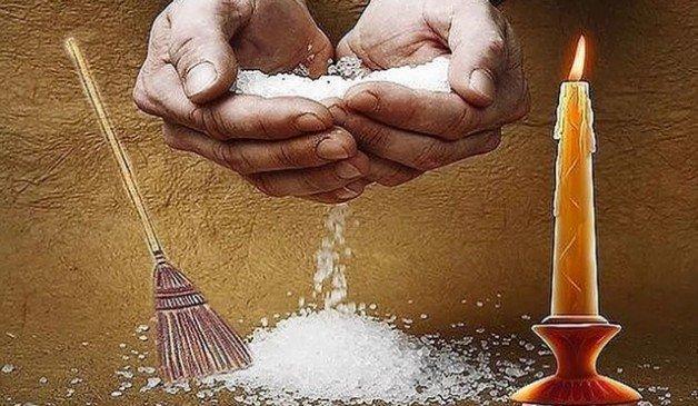 Как очистить дом от негатива с помощью воды и соли