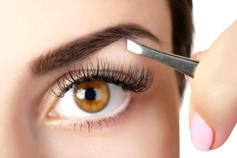 Как сделать брови более густыми при помощи натуральных средств