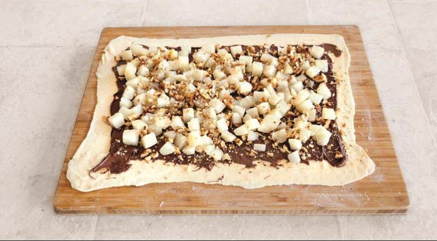 Шоколадный штрудель с грушами