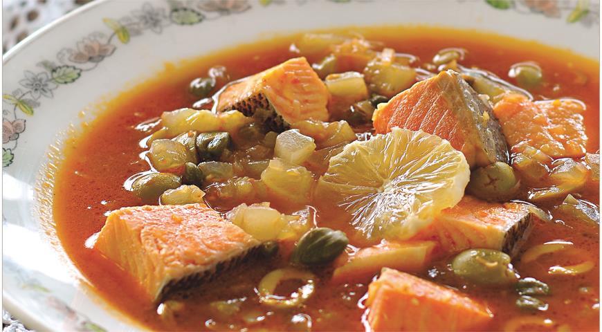 Рыбная солянка из лососевых трех видов