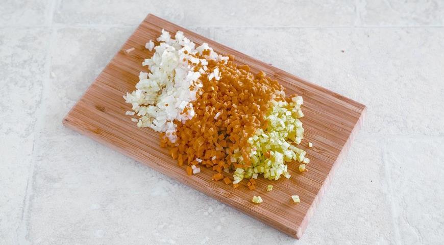 Лазанья с болонским рагу и соусом бешамель