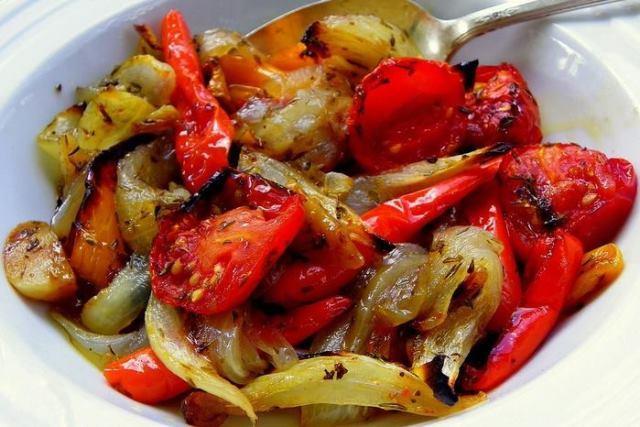 Овощи, запечённые в маринаде: фантастически вкусно!