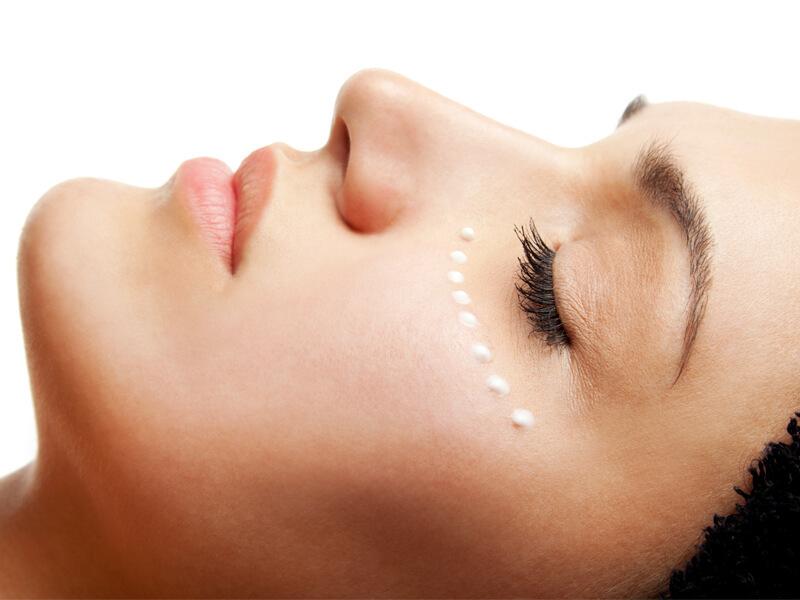 6 способов ухода за кожей вокруг глаз
