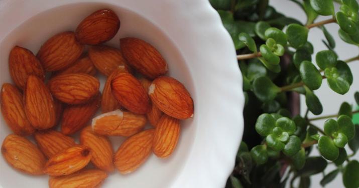 На сколько часов надо замачивать орехи чтобы их польза в разы увеличилась?
